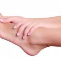 Як лікувати мозолі між пальцями ніг