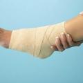 Перша допомога і лікування при вивиху ноги