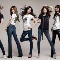 З чим носити джинси. Фото, відео, поради стилістів